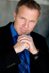 Actor Bil Dwyer