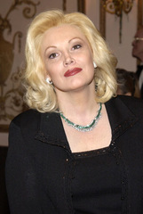 Actor Cathy Moriarty