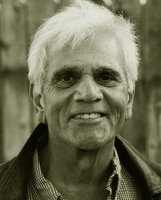 Actor Alex Rocco