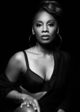 Actor Anika Noni Rose