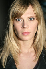 Actor Annika Boras