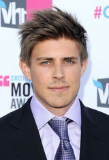 Actor Chris Lowell