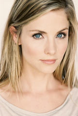 Actor Candace Moon