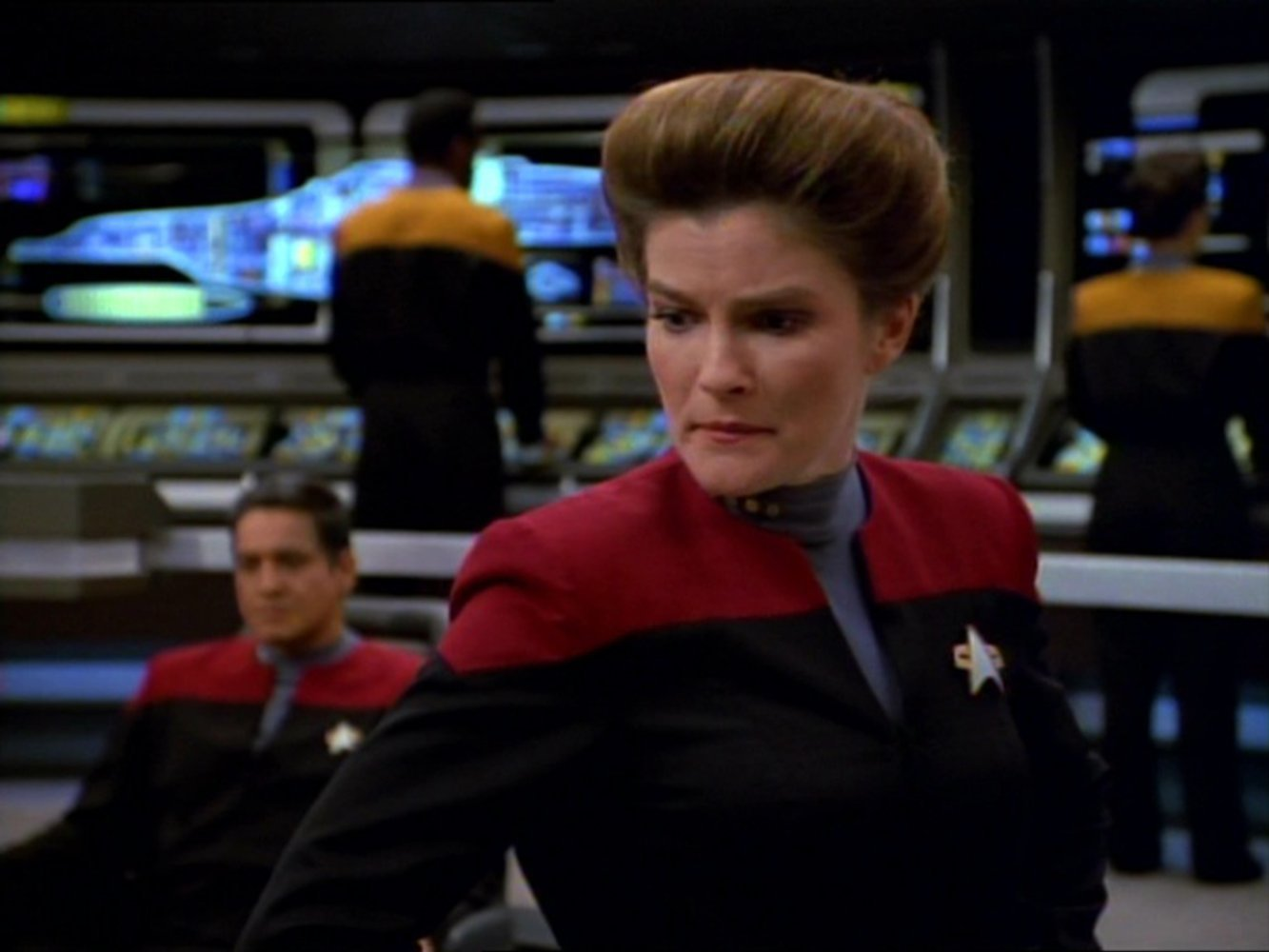 Watch Star Trek: Voyager Season 7 Episode 13 Online Free ...