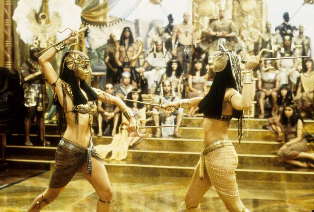watch the mummy returns online free with subtitles